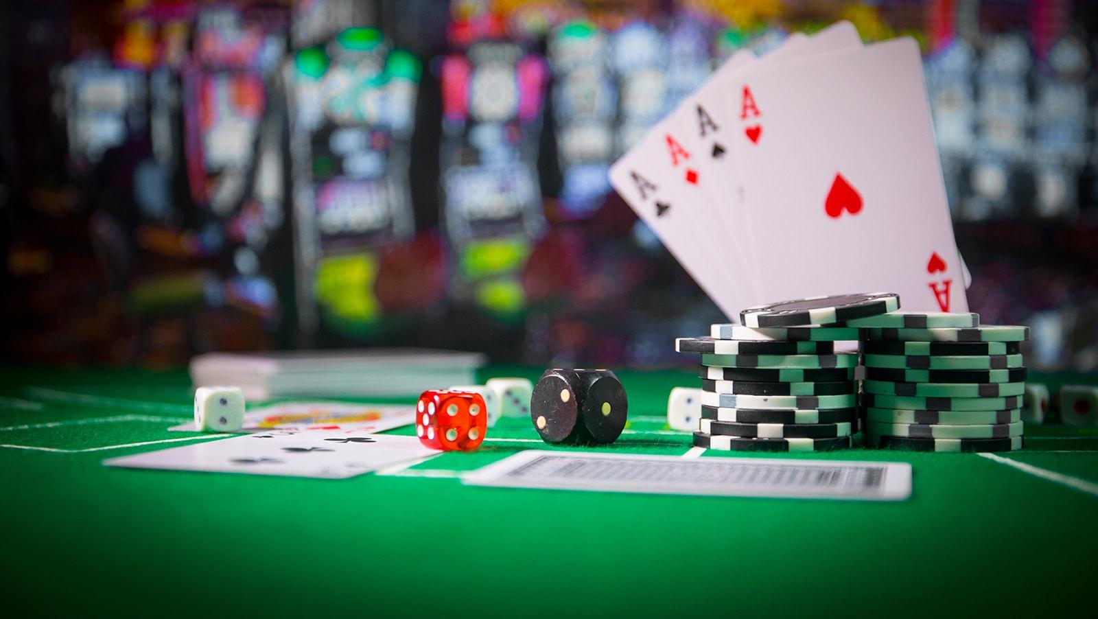 Play Online Casinos